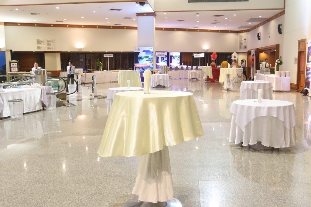 Foyer | 400 visitors