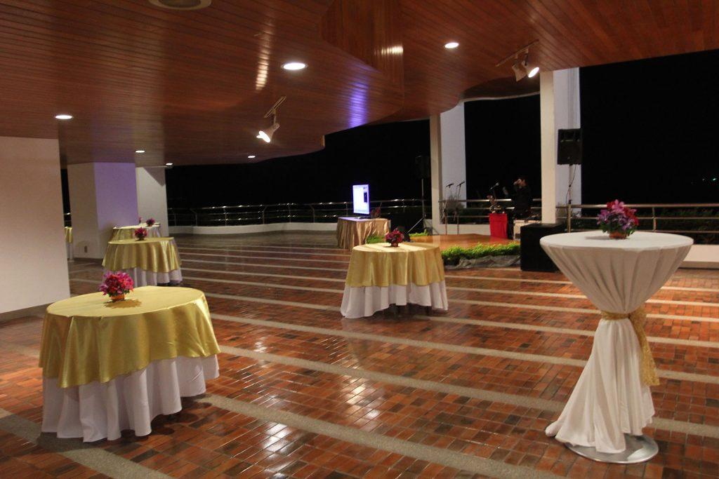 Grand Deck | 100 visitors