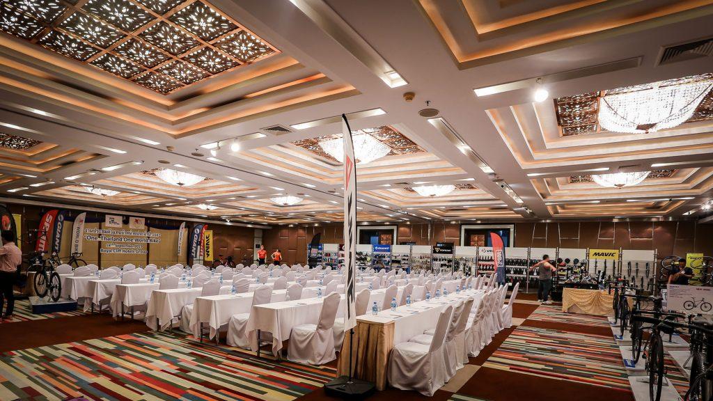 兰花会议室 A + B厅 | 200 visitors