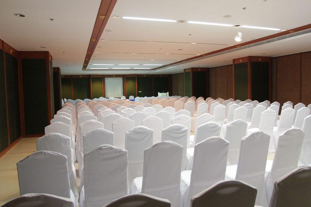 Pattaya 10 会议室 | 100 visitors