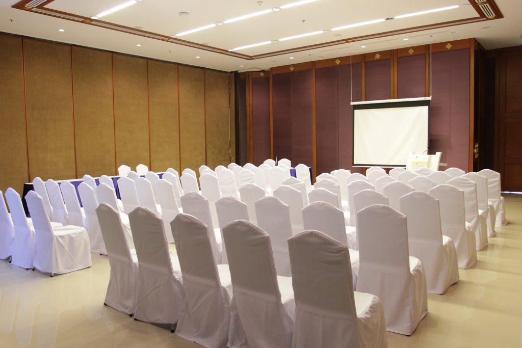 Pattaya 15 会议室 | 100 visitors